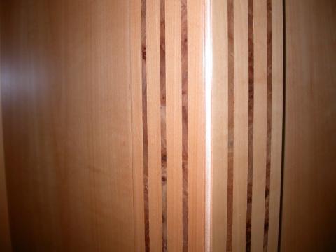 Декоративная стеновая панель под дерево