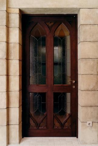 Двери по индивидуальным заказам