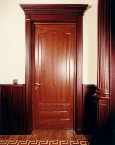 Изготовить двери на заказ