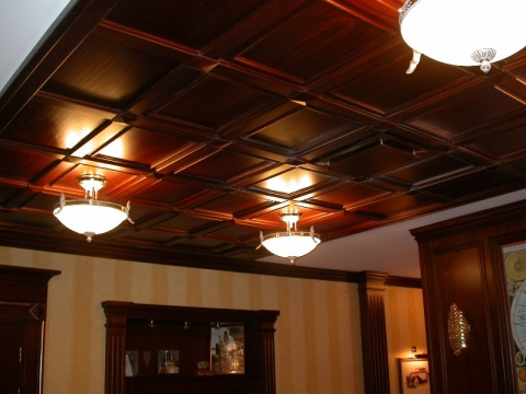 Балки на потолке из дерева