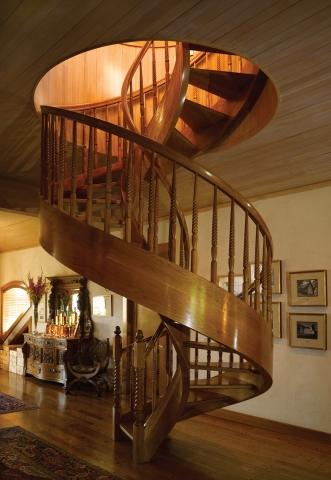 Деревянные лестницы на заказ цены