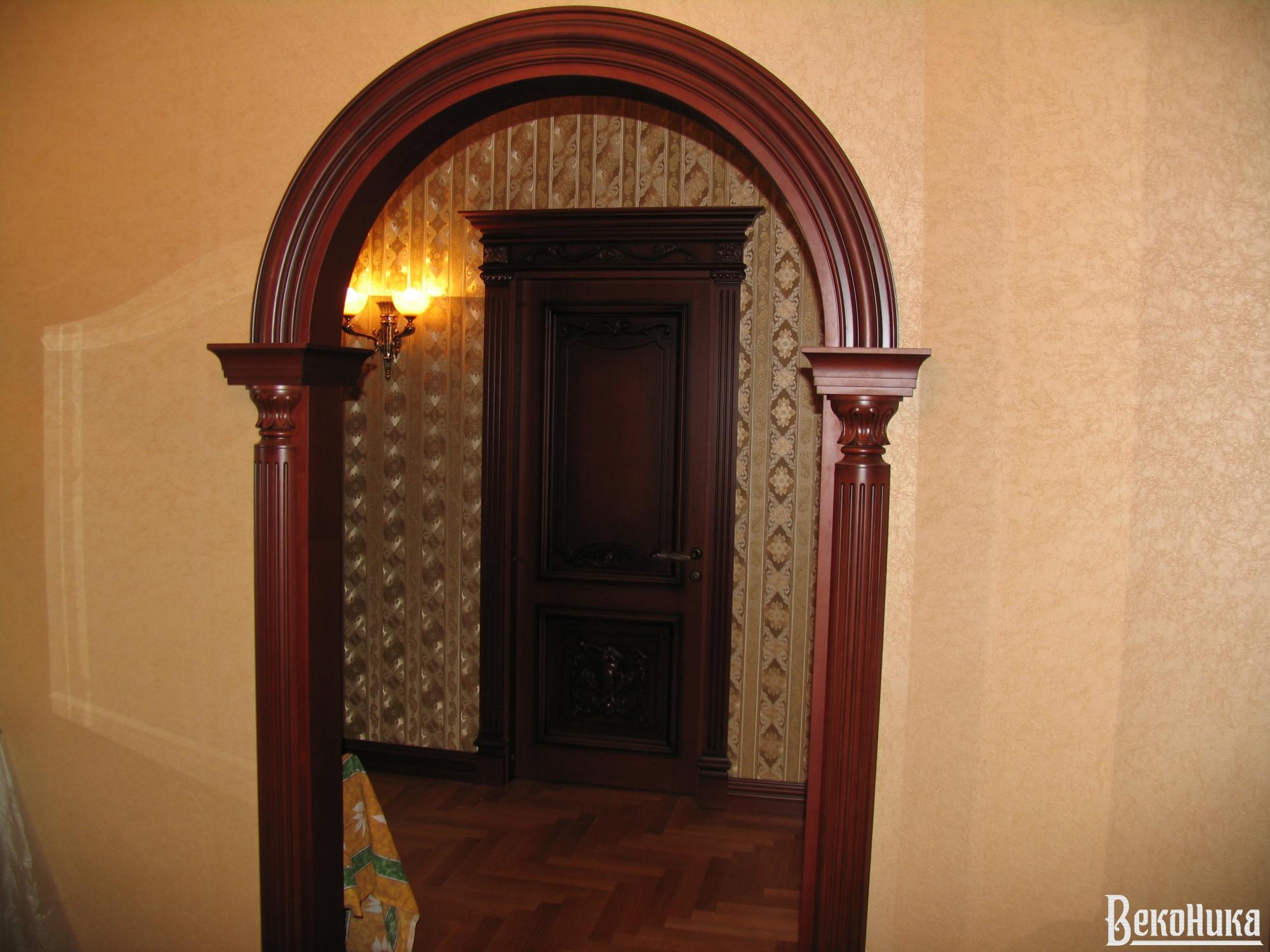 Как сделать арку над входной дверью
